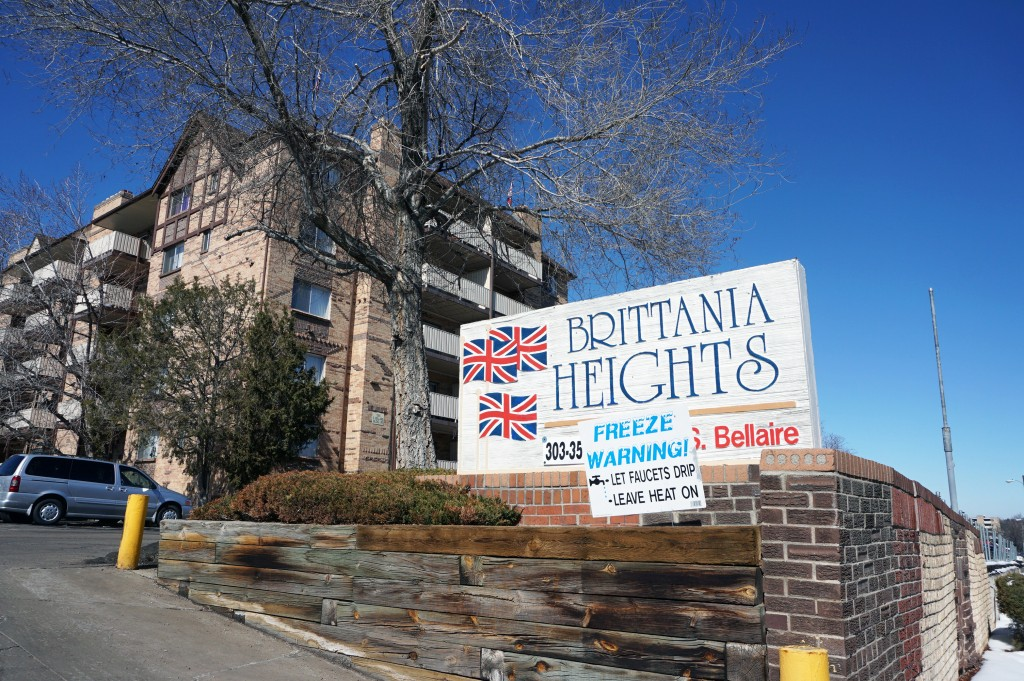 The Brittania Heights apartments in Glendale were part of a two-complex sale. Photos by Burl Rolett.